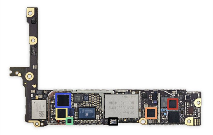 左,apple 苹果 iphone 6 plus 智能手机;右,earpods耳机 有没有改进