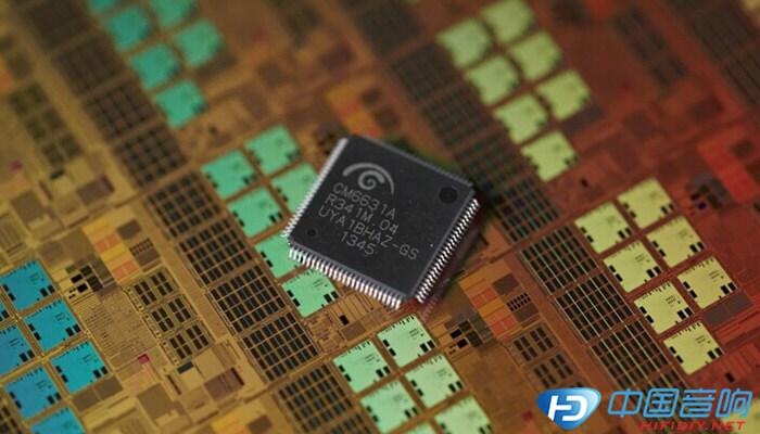 从Athena用户反馈中我们得知,很多技术大神对其进行升级元器件后发掘出更大的潜力。但缺同时却失去了保修,并承担着损坏的风险!这让很多普通用户心里纠结。Athena SE从根本上解决了这个问题,Titans实验室添置了Keysight (安捷伦)E4980A电桥进行物料的选择与筛选。