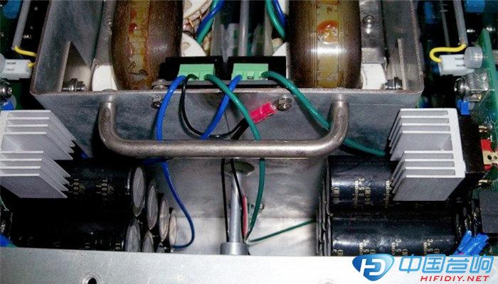 喇叭庇护电路板