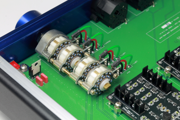 一機三享 HeadAmp GS-X耳機放大器