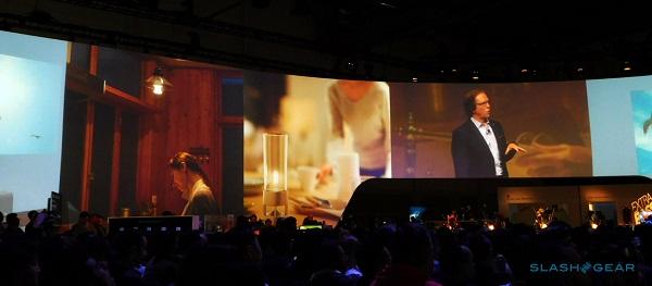 索尼发布Glass Sound无线便携式扬声器:采用透明玻璃管造型