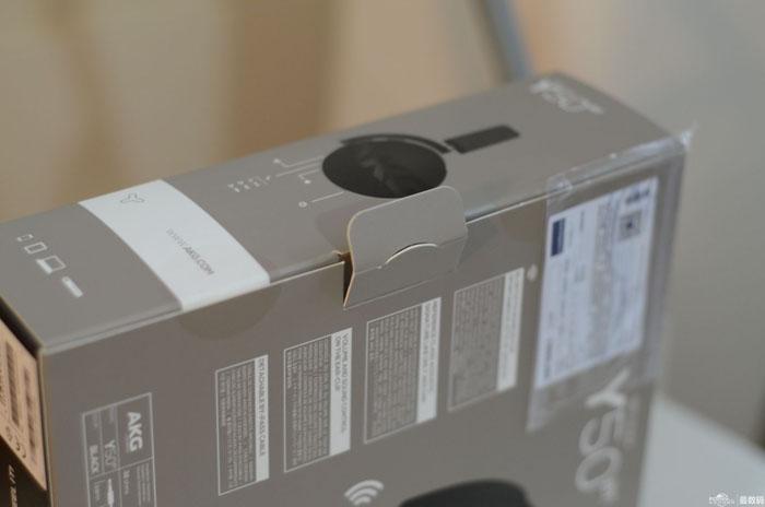 金属质感爆棚 AKG Y50BT开箱