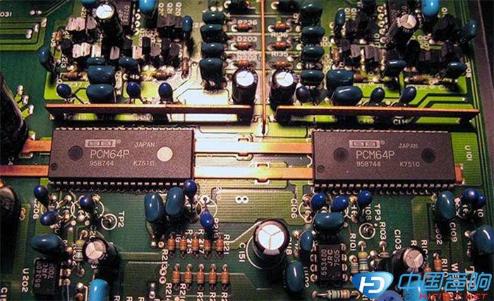 PCM 64P