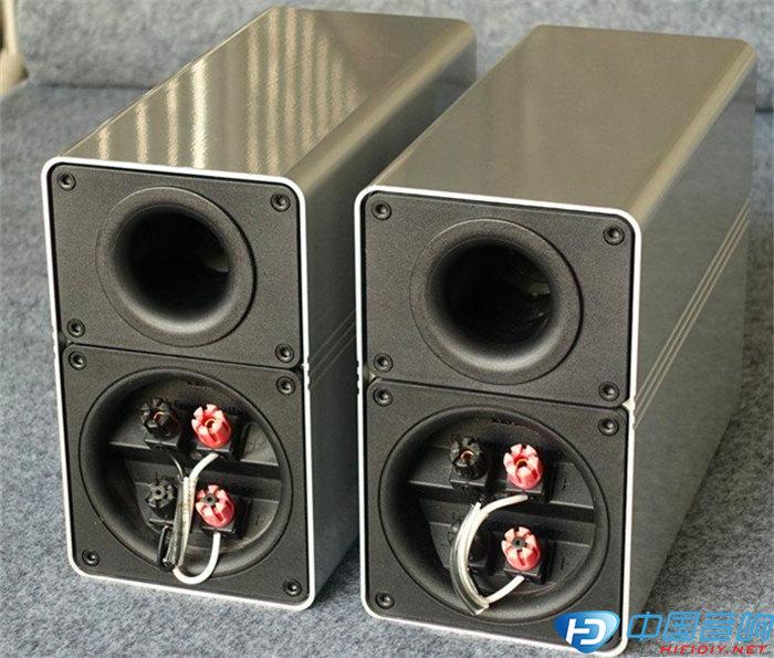 ELAC305音箱拆解
