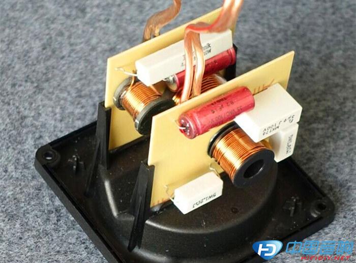 ELAC305音箱分频器