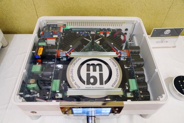 mbl6011前级 电路图