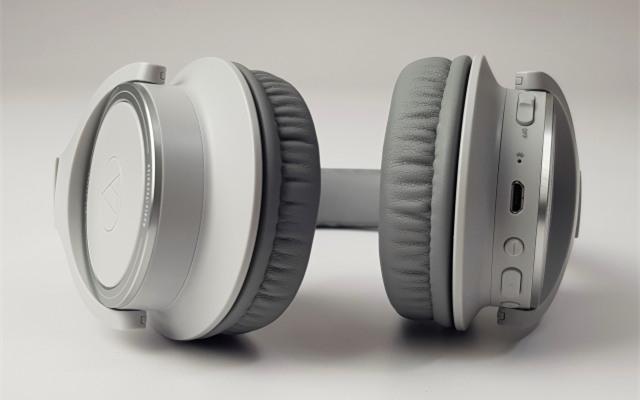 Audio-Technica ATH-SR30BT耳机