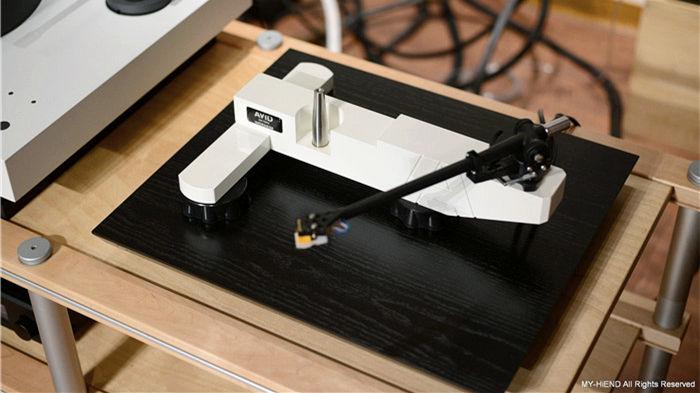AVID Ingenium Plug&Play黑膠唱盤